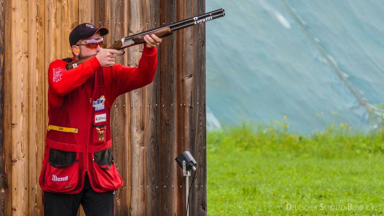 Foto: DSB / Felix Haase nimmt bei der Universiade die Medaille fest ins Visier.