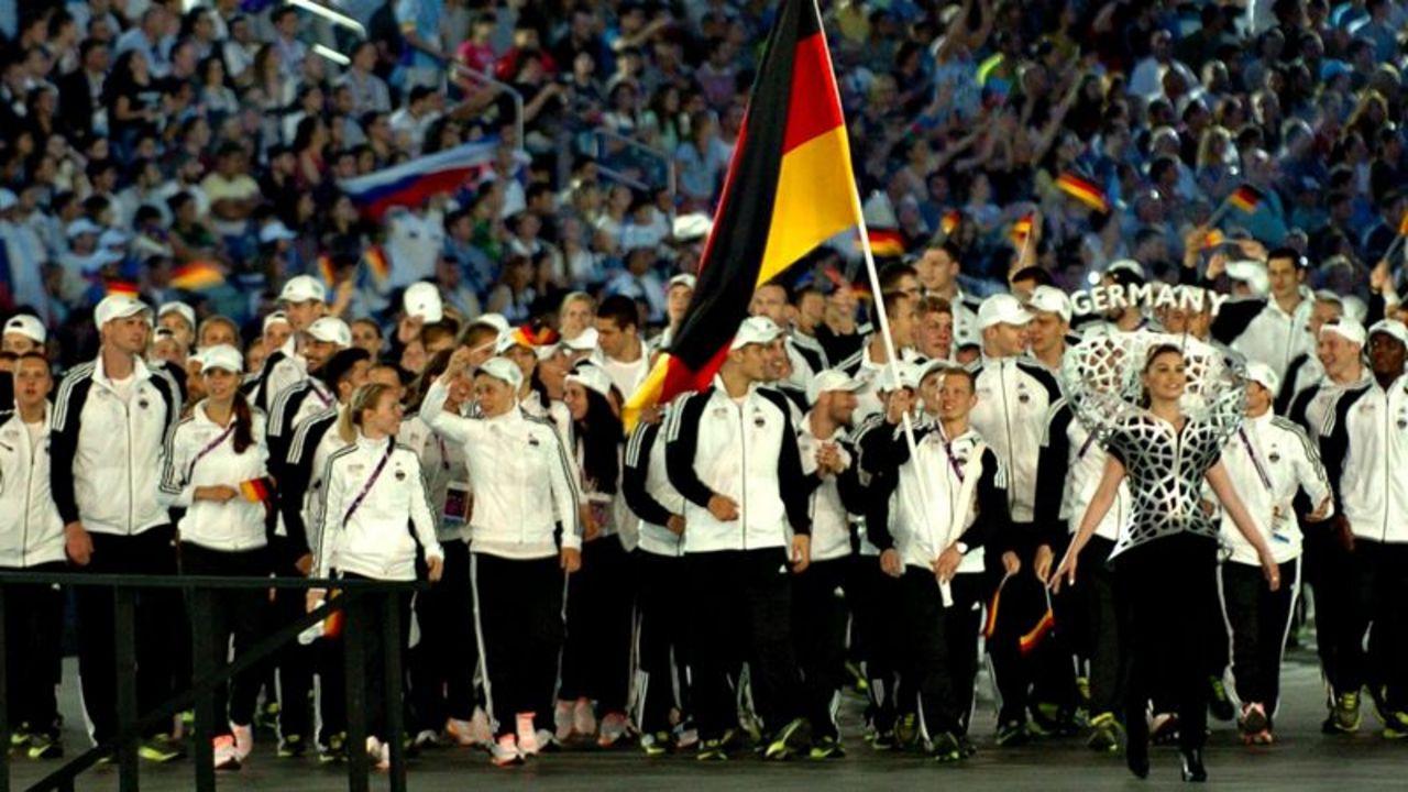 Foto: DOSB / Das deutsche Team 2015 bei der Eröffnungsfeier in Baku.