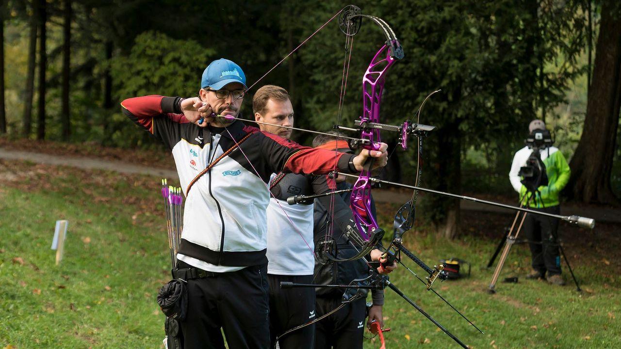 Foto: World Archery Europe / Florian Stadler erzielte gemeinsam mit seinen Teamkollegen Michael Meyer und Karsten Sprenger den Team-Europameistertitel.