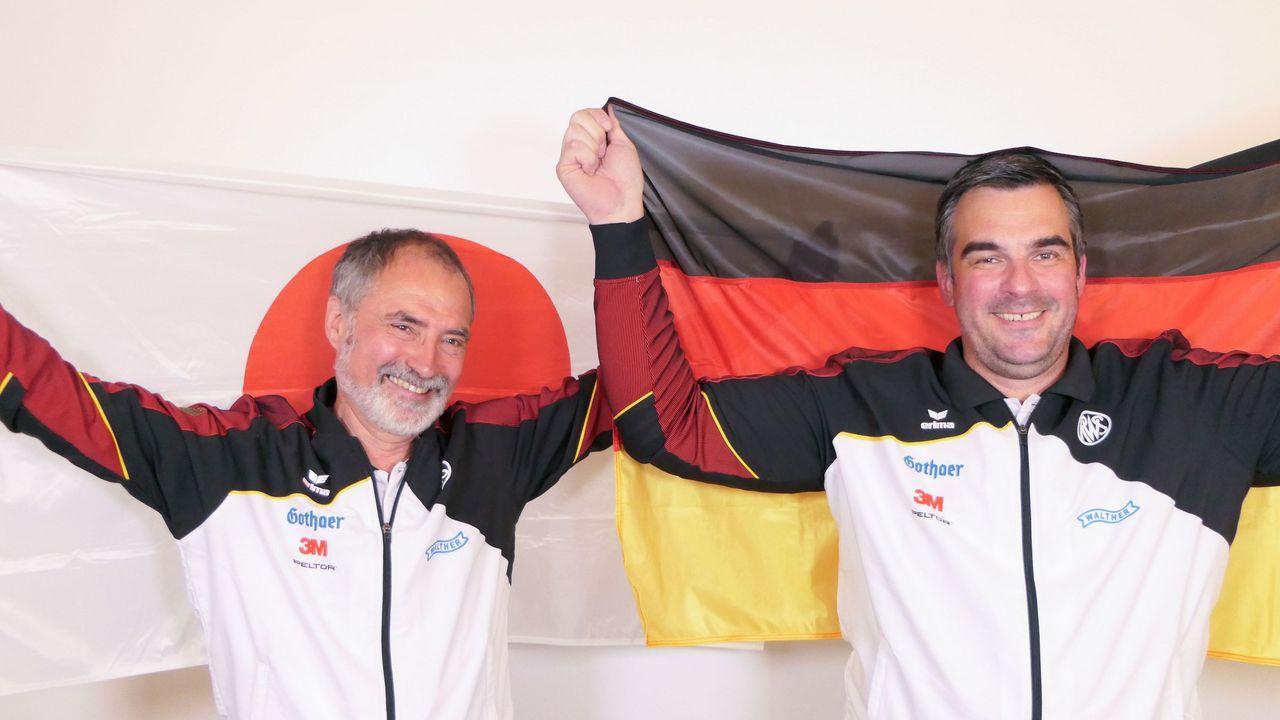 Foto: DSB / Heiner Gabelmann (links) und Thomas Abel sind in Japan die DSB-Teilmannschaftsleiter.