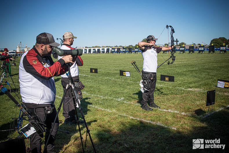Foto: World Archery / Die Compound-Männer, v.l. Sebastian Hamdorf, Tim Krippendorf und Florian Grafmans deuteten ihr hohes Potenzial an.