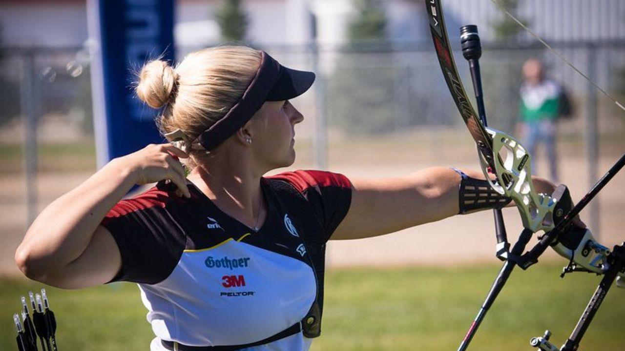 Foto: World Archery / Katharina Bauer überzeugte bei ihrem WM-Debüt mit guten Leistungen in Einzel, Mixed und Team.