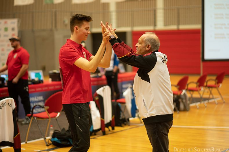 Bild: DSB / In der Bundesliga können junge Talente gefördert werden, aber auch ein Training mit den Routiniers kann bereits weiterhelfen.