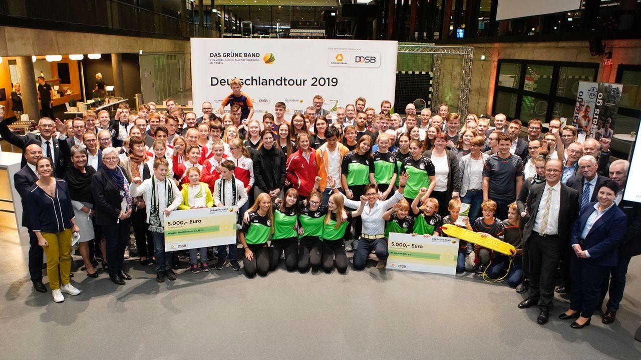 Foto: DOSB / 2019 wurden 50 Vereine ausgezeichnet, u.a. auch die Wissener Sportschützen.