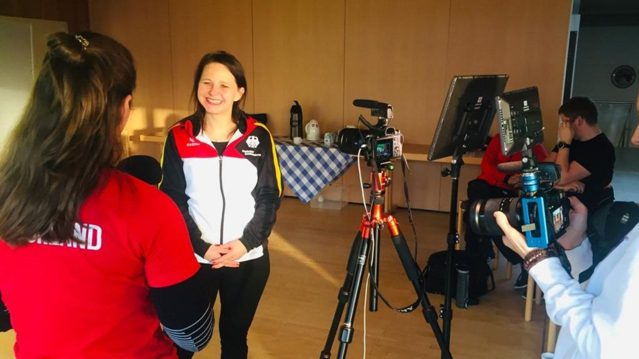 Foto: BSSB / Medientraining mal anders: Sportler fragen, Sportler - hier Monika Karsch - antworten!