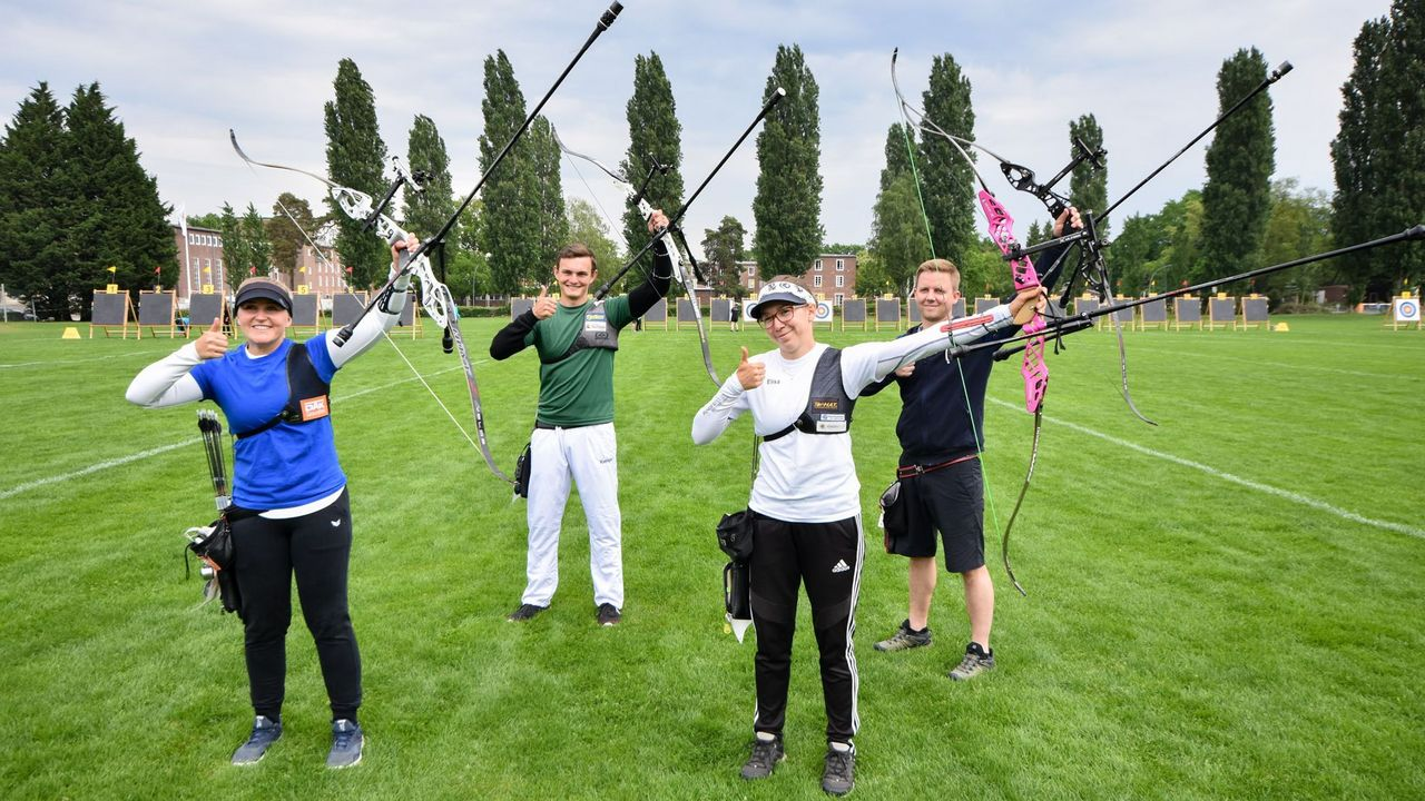 Foto: Eckhard Frerichs / Die Recurve-Goldfinalisten bei Frauen und Männern heißen v.l.: Katharina Bauer, Christoph Breitbach, Elisa Tartler und Cedric Rieger.