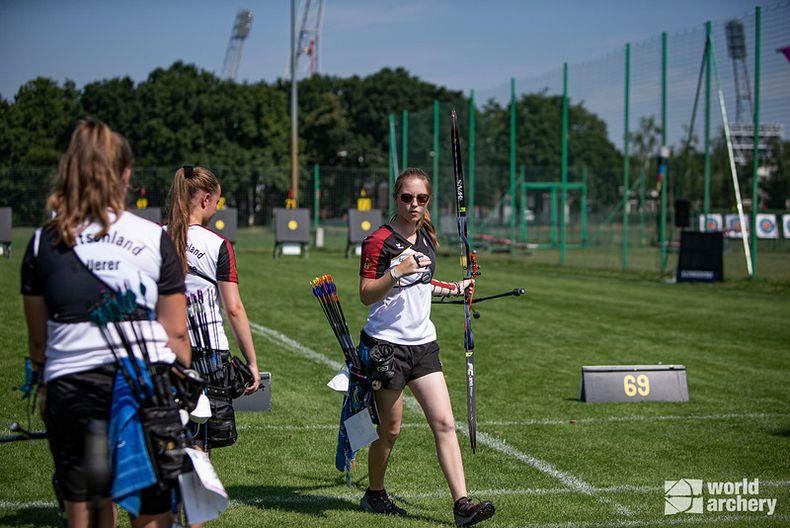 Bild: World Archery / Das Team der Recurve-Kadettinnen überrascht mit dem Einzug ins kleine Finale.