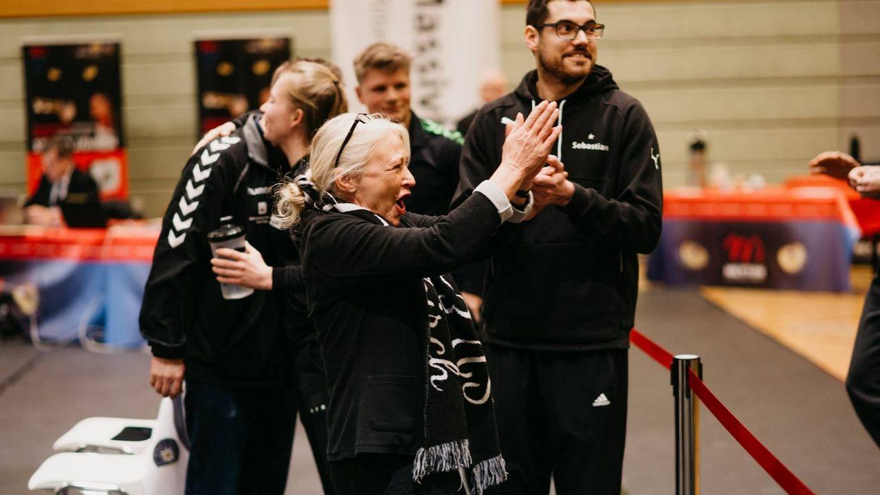 Foto: DSB / Vorfreude! Trainerin Elfriede Weigelt und der SV Waldkirch freuen sich auf den Heim-Wettkampf.