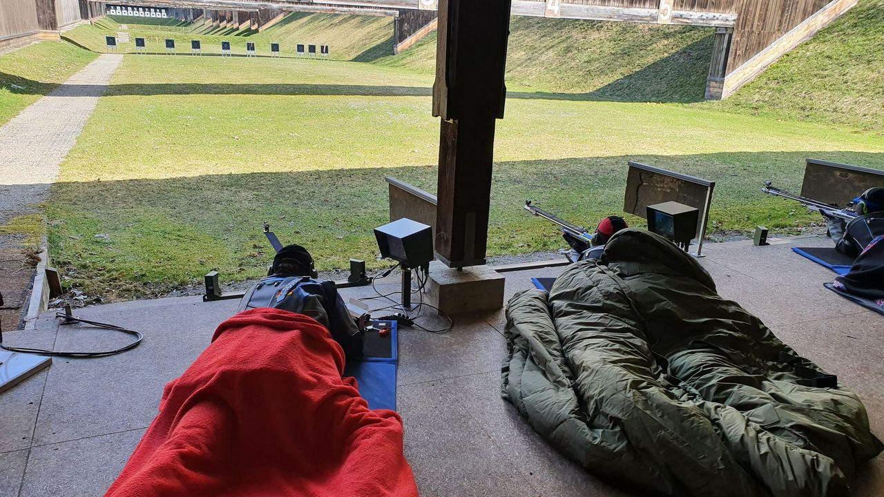 Foto: DSB / Gewusst wie! Bei kühlen Temperaturen war bei der 300m-Qualifikation in Sonthofen auch die richtige Verpackung gefragt.