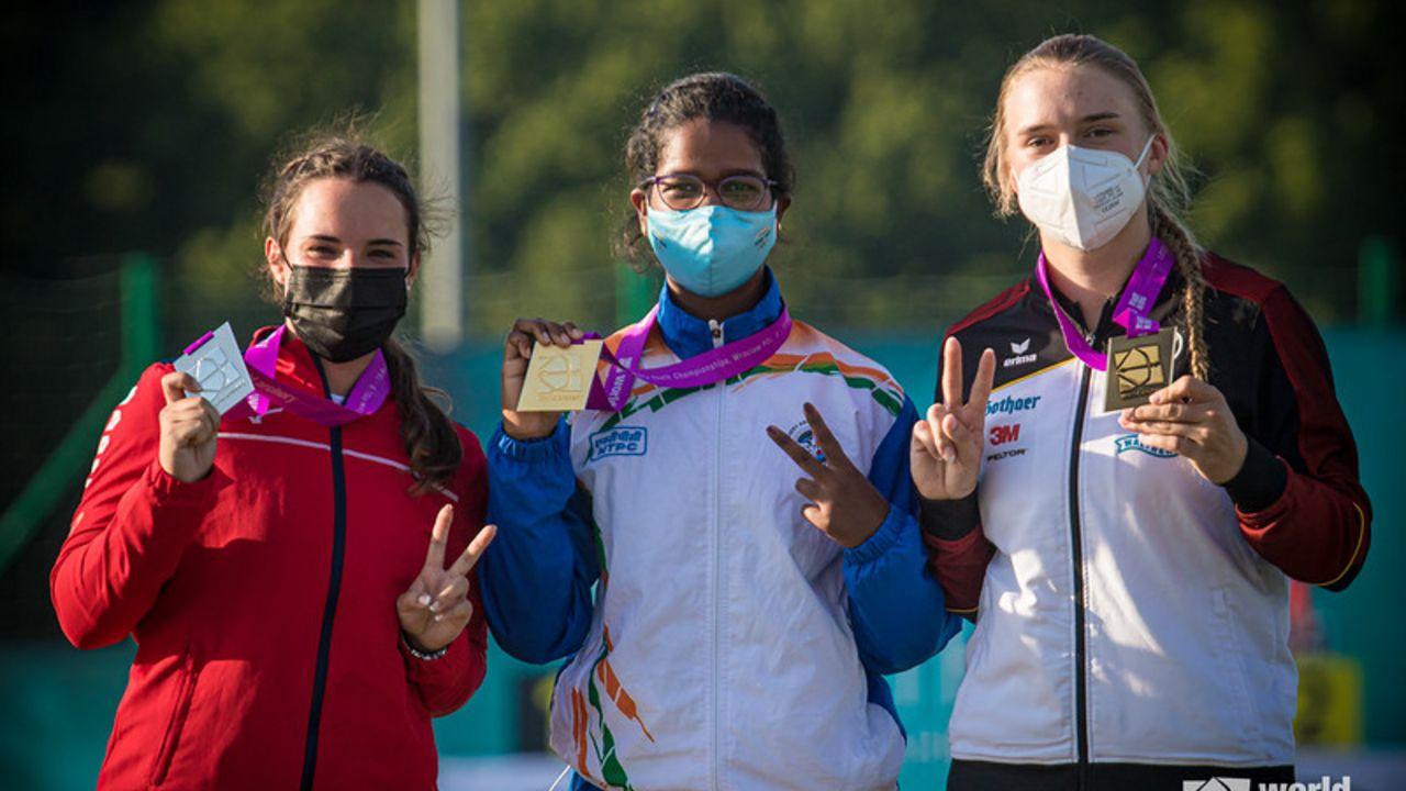 Bild: World Archery / Charline Schwarz gewinnt in Wroclaw Einzel-Bronze bei den Recurve-Juniorinnen.