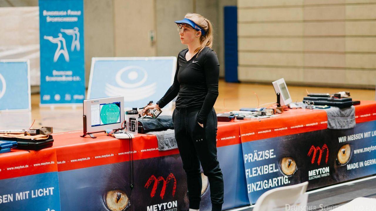 Foto: DSB / Susanne Roß wurde 2018 Deutsche Meisterin mit der Luftpistole und startet in der Bundesliga für den SV Waldkirch. Am Wochenende ist sie beim Finale des Meisterschützen 2020 dabei.
