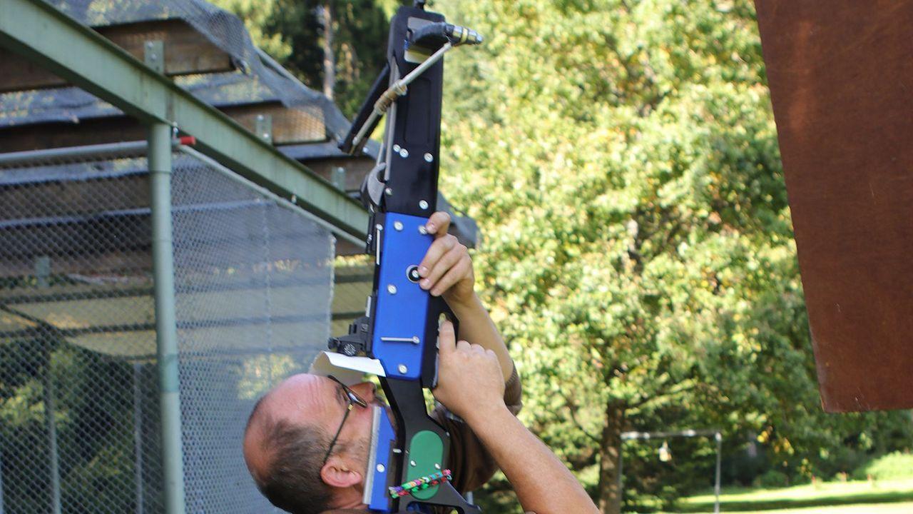 Foto: BSSB / Norbert Ettner in seinem Element, beim Blattl-Schießen.