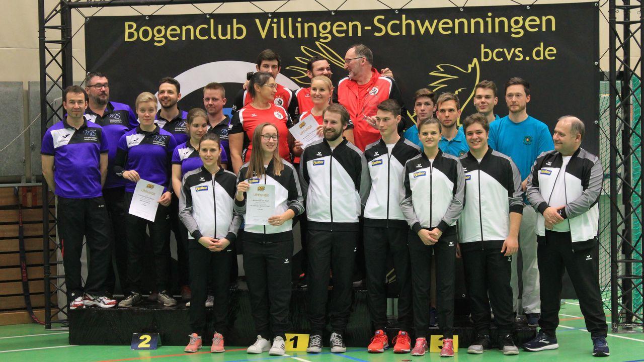 Foto: BC Villingen-Schwenningen / Die Finalteilnehmer aus dem Süden v.l. hinten: Ebersberg, Tacherting, Welzheim, vorne Villingen-Schwenningen.