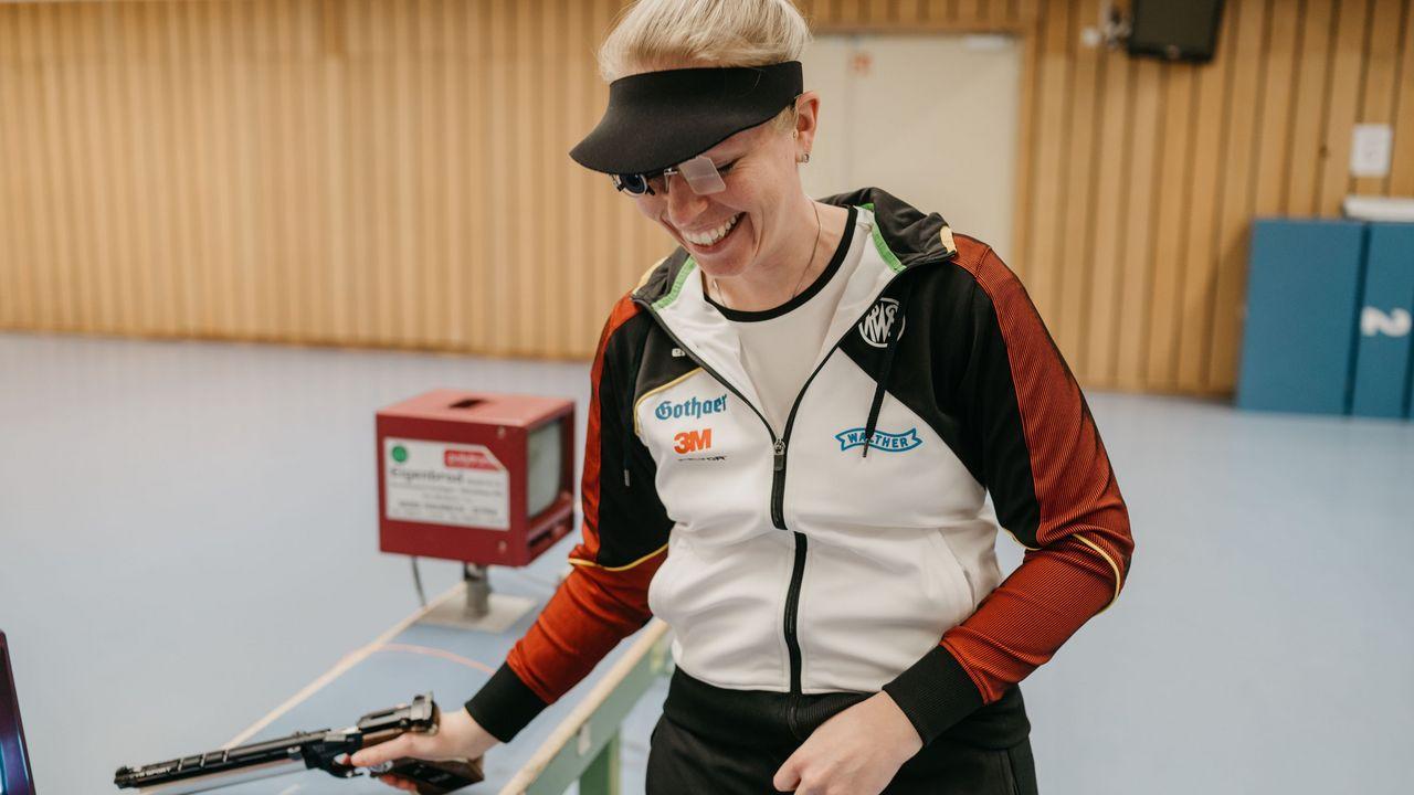 """Foto: Lisa Haensch / Julia Hochmuth hat Spaß bei ihrem Sport und steht bei """"Vision Gold"""" im Fokus."""