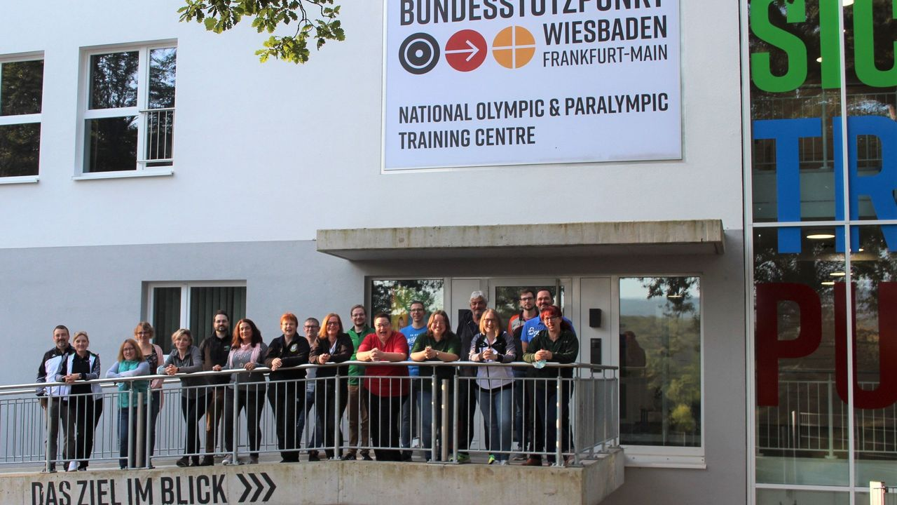 Foto: DSJ / Die Teilnehmer der JuBaLi-Ausbildung in Wiesbaden.