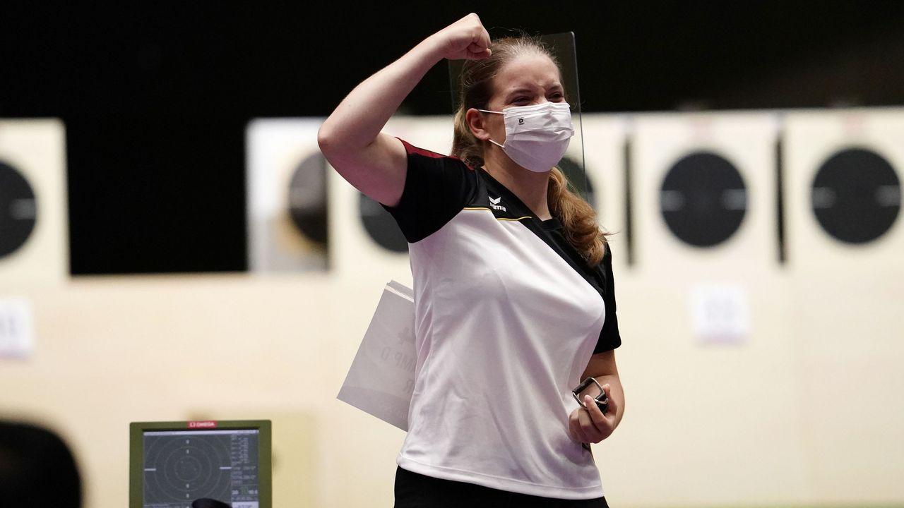 Foto: Picture Alliance / Bejubelte ihr phantastisches Ergebnis im Duellteil der Qualifikation: Doreen Vennekamp.