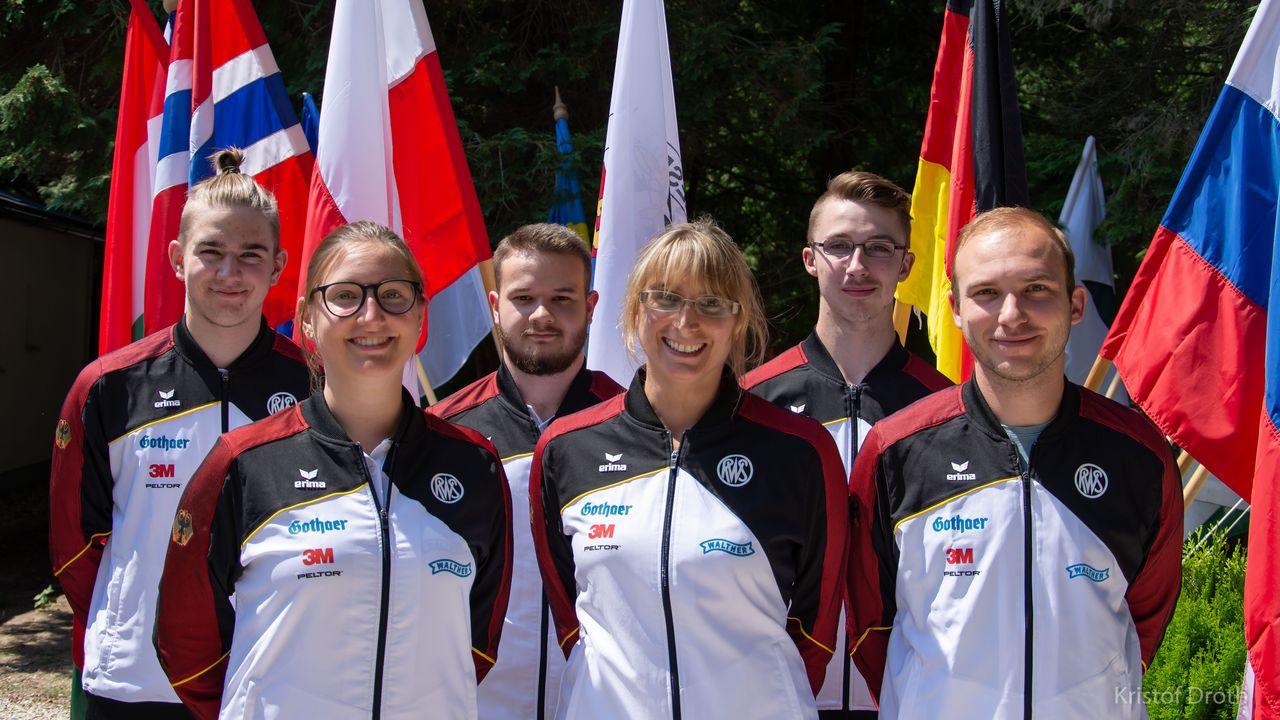 Foto: ESC/Kritóf Dróth / Mit vier EM-Medaillen im Gepäck macht sich das deutsche Team auf die Heimreise.