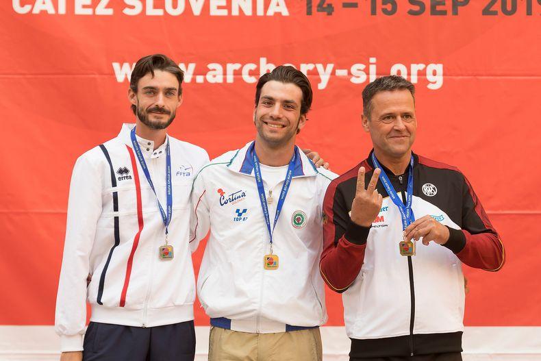 Foto: World Archery Europe / Blankbogenschütze Michael Meyer holte nicht nur Gold im Team, sondern auch noch Bronze im Einzel.