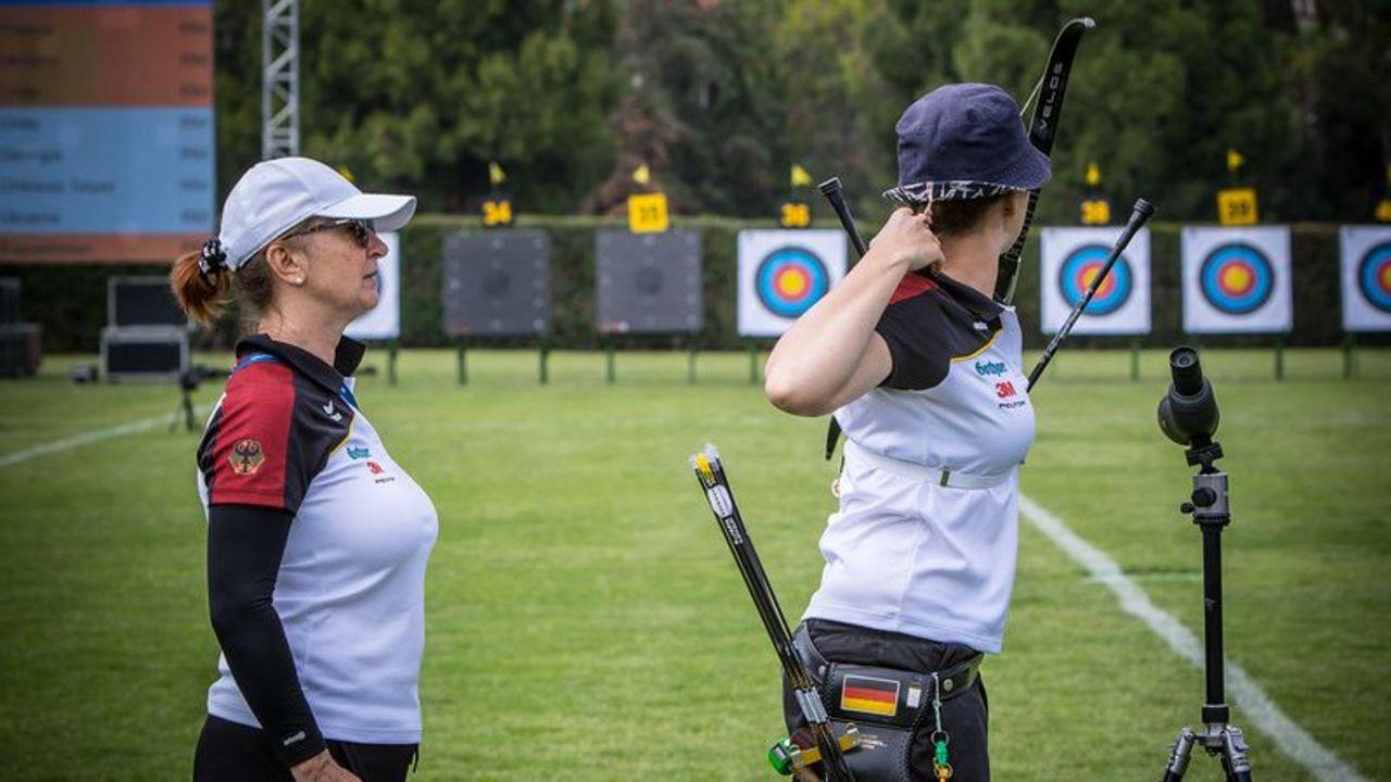 Foto: WA / Elena Richter und Trainerin Natalia Butuzova beim Weltcup in Antalya.