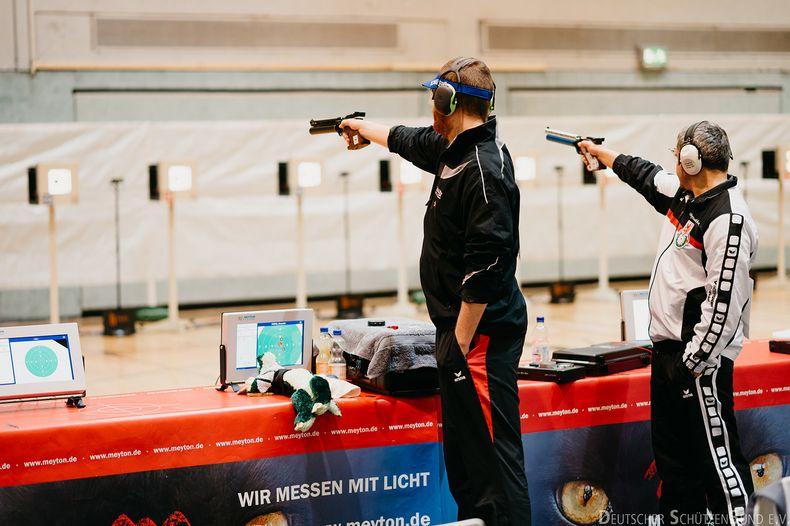 Foto: DSB / Oleg Omelschuk (rechts) will mit Braunschweig beim 20. Finaleinzug endlich zum ersten Mal den Meisterspiegel nach Hause holen.