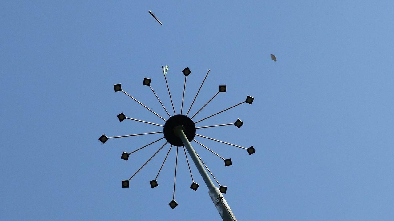 Foto: BSSB / Beim Sternschießen gilt es, so viele Plattl wie möglich mit der Armbrust vom Himmel zu holen.