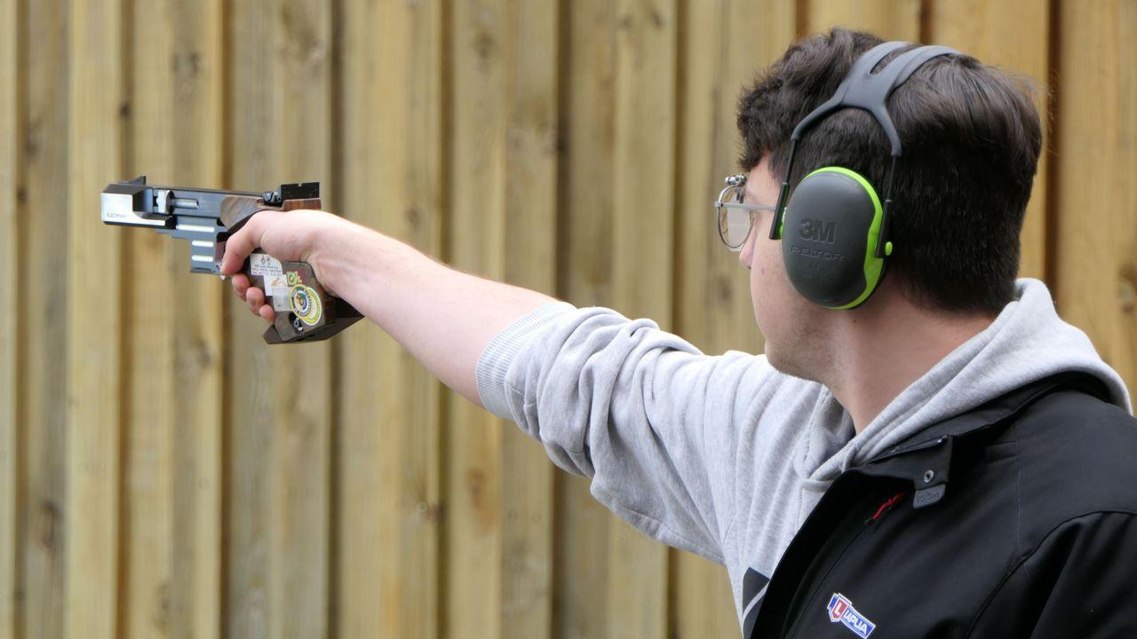 Foto: DSB / Schnellfeuerpistolen-Schütze Florian Peter gibt sein Weltcup-Debüt bei den Erwachsenen.