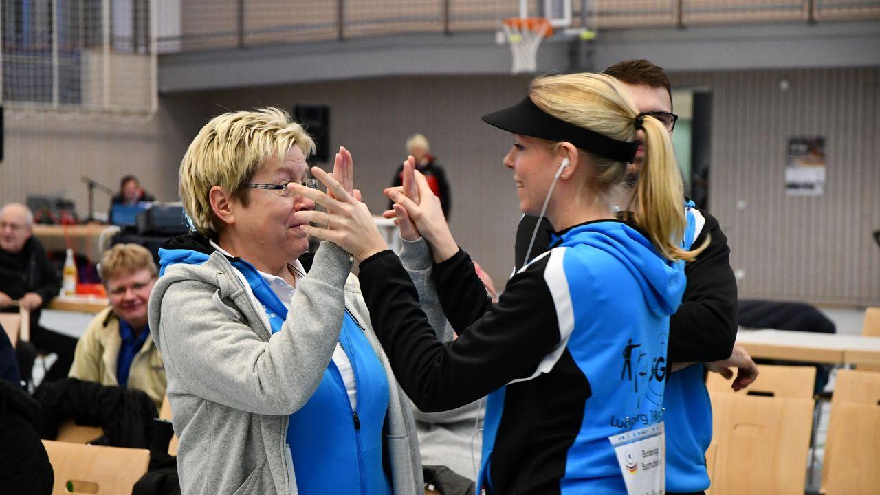 Bild: Julia Hochmuth / Wie die Mutter, so die Tochter: Kathrin und Julia Hochmuth sind beide Sportler aus Leidenschaft.