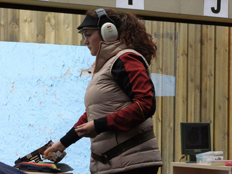 Foto: Michael Eisert / Vanessa Seeger wurde im Wettberb Pistole 25 Meter Siebte.