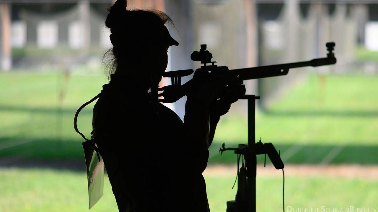 Foto: DSB / Schattenfrau! Am Wochenende wird geklärt, welche KK-Gewehr-Schützin sich das Tokio-Ticket sichert?