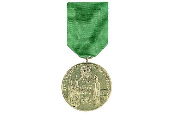 Goldene Medaille am Grünen Band