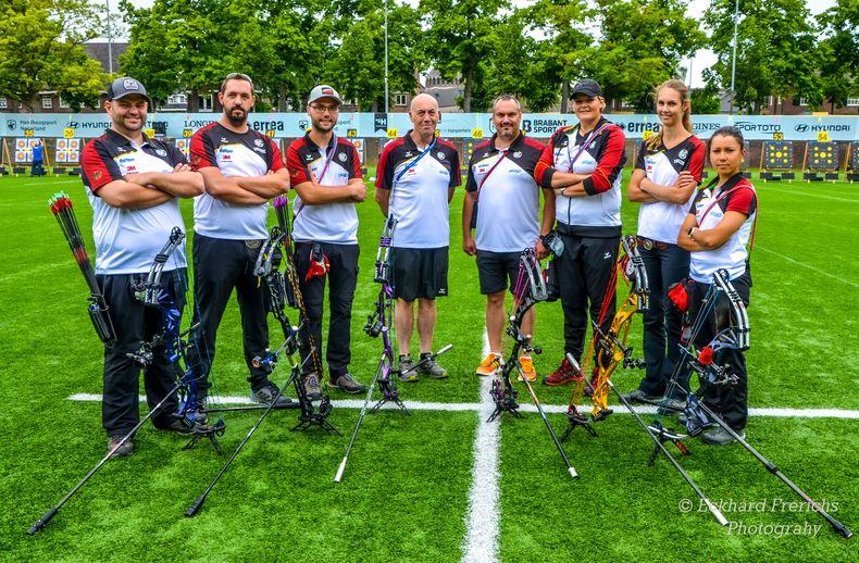 Foto: Eckhard Frerichs / Das WM-Team Compound ist bis auf Janine Meißner (ganz rechts) komplett in Berlin am Start.