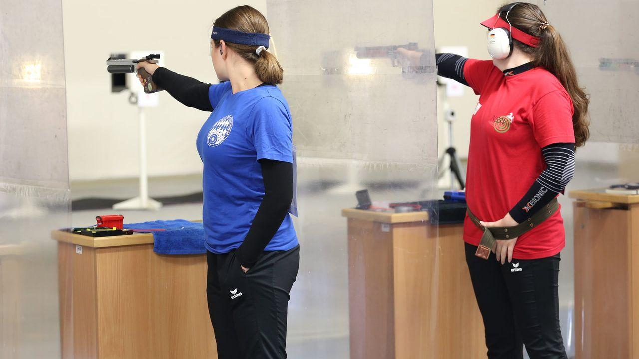 Bild: PSV Olympia Berlin / Nina Adels (li.) und Vanessa Seeger  (re.) zeigten beide tolle Leistungen in Berlin.