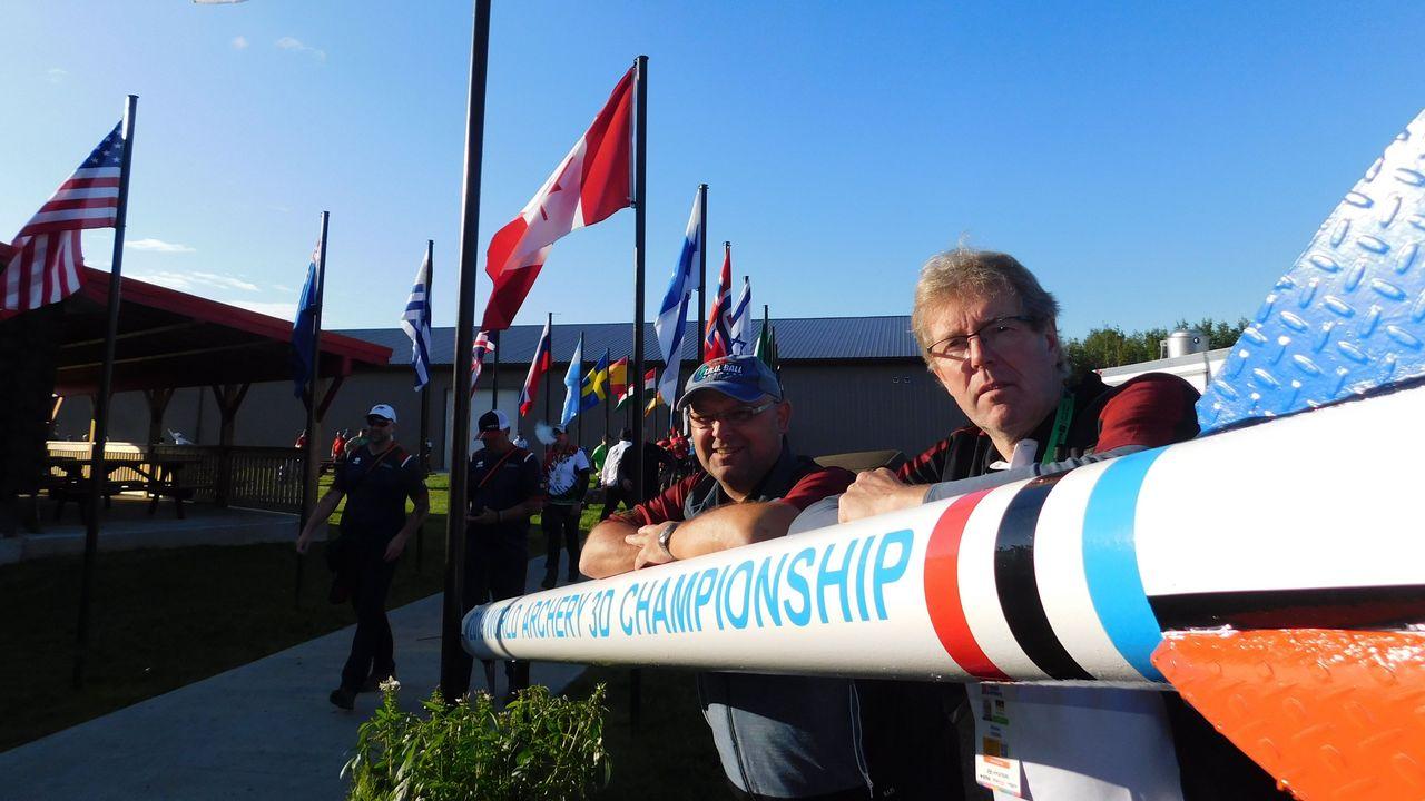Foto: Peter Lange / Jens Asbach (links) und Michael Feuring in Lac la Biche.