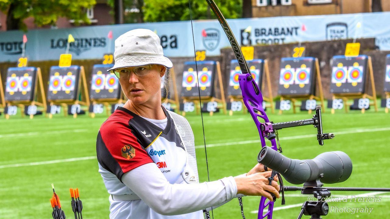 Foto: Eckhard Frerichs / Wird für eine Zeit lang den Bogen nicht zur Hand nehmen können: Lisa Unruh.
