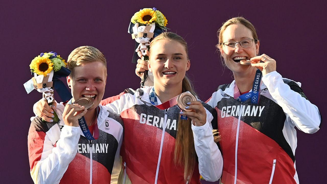 Foto: Picture Alliance / Sind auf weitere Erfolge hungrig: Michelle Kroppen, Charline Schwarz und Lisa Unruh.