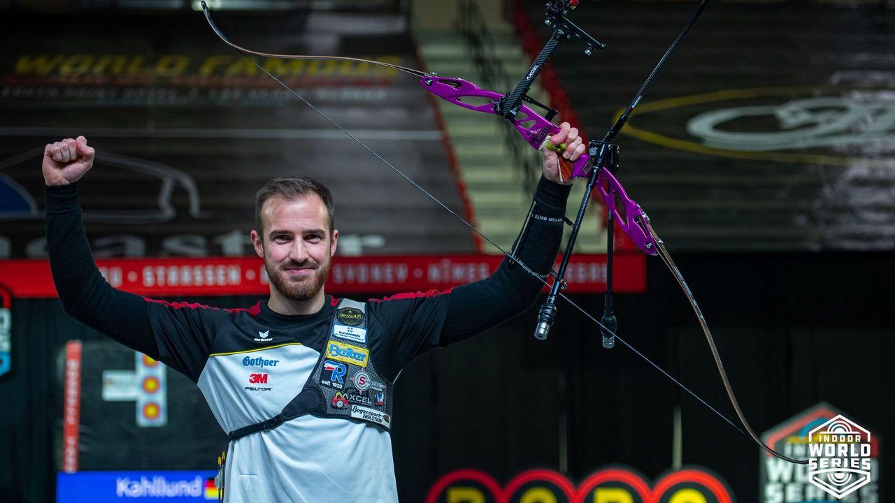 Foto: World Archery / Florian Kahllund feierte in Las Vegas seinen größten Hallen-Erfolg und gewann das World Series-Finale.