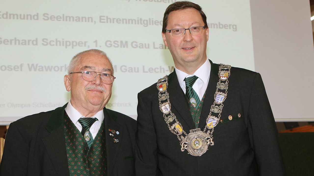 Foto: BSSB / Der alte und der neue 1. Landesschützenmeister des BSSB: Wolfgang Kink und Christian Kühn.
