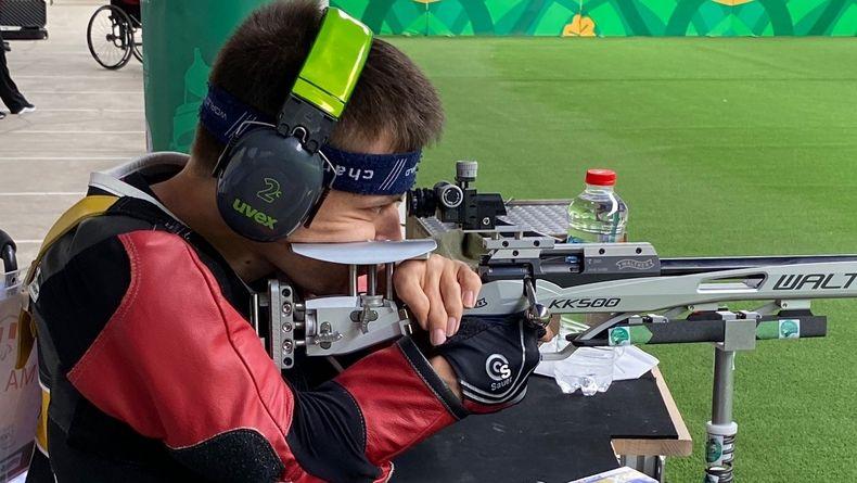 Foto: DBS / Moritz Möbis sicherte dem deutschen Behindertensportverband im Liegendschießen mit dem Luftgewehr einen Quotenplatz.