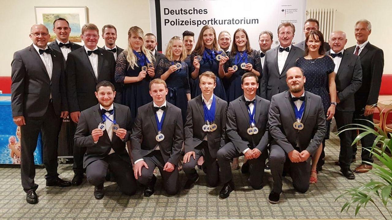 Foto: Maik Dorsch / Die deutsche Delegation bei der Polizei-Europameisterschaft in Suhl.
