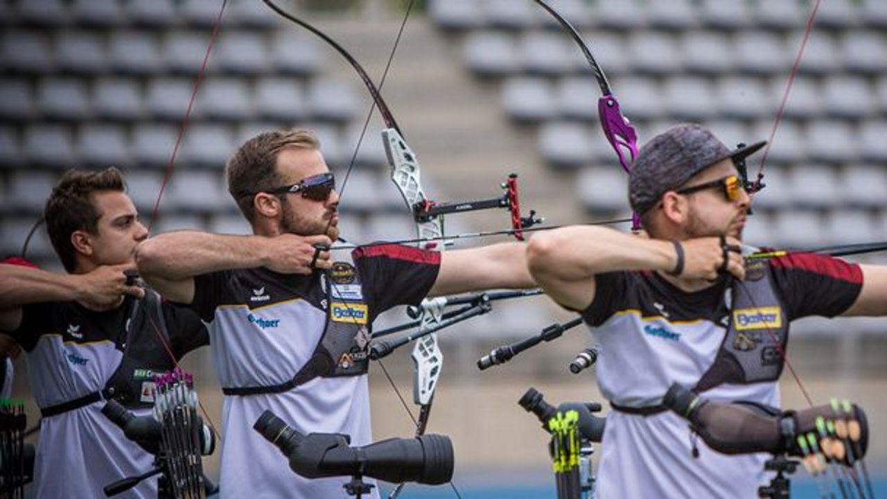Foto: World Archery / Wer bekommt das Tokio-Ticket? V.l.: Moritz Wieser, Florian Unruh oder Maximilian Weckmüller? Oder der nicht auf dem Bild zu sehende Johannes Maier?