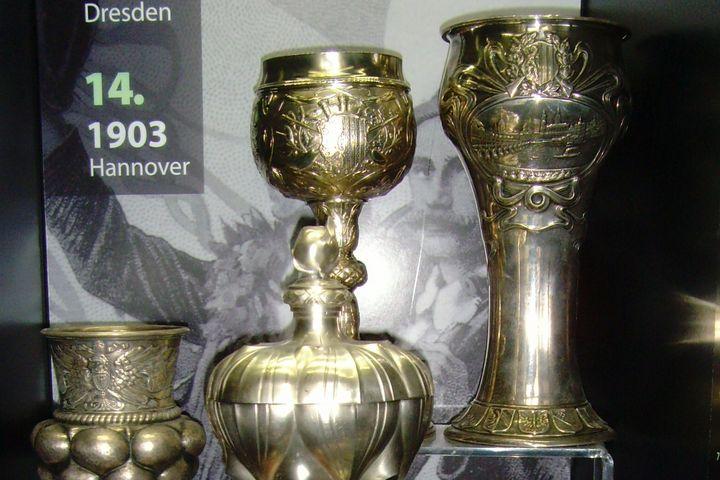 Bundesschießen Vitrine 1900-1903