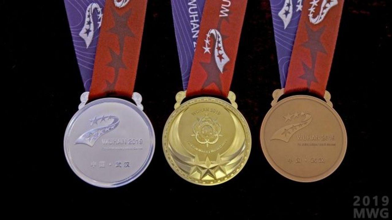 Foto: Milsport.one / Die Objekte der Begierde: Die Medaillen in Wuhan.