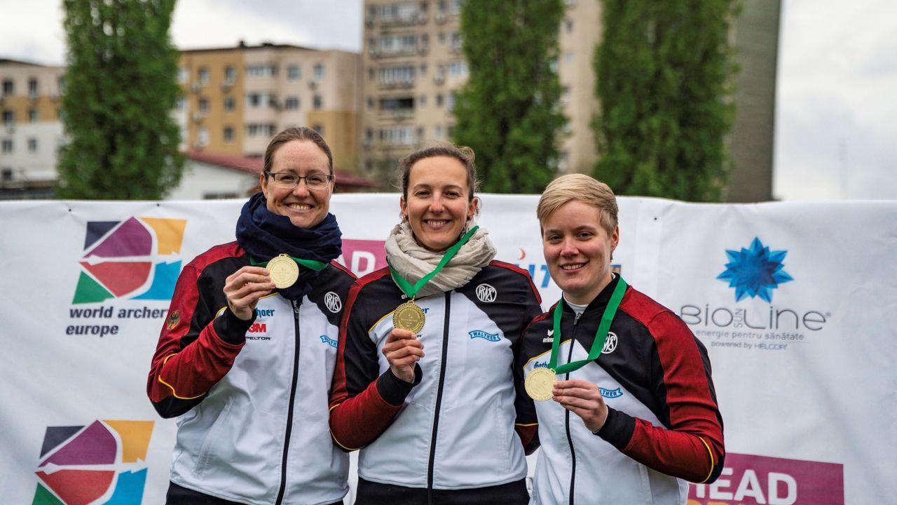 Foto: Marcel Trachsel / Lisa Unruh, Elena Richter und Michelle Kroppen gehen für den DSB bei der WM an den Start.