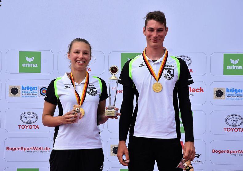 Foto: Eckhard Frerichs / Nicola Koch und Nico Schiffhauer (Südbaden) schrieben mit dem Gewinn des erstmalig ausgetragenen Mixed-Titels Geschichte.