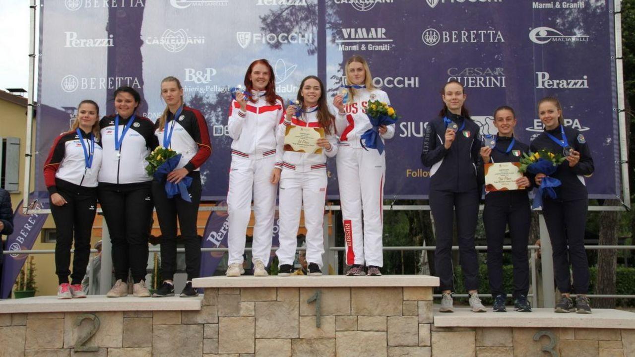 Foto: ESC / Silber für Marie-Louis Mayer, Kathrin Murche und Johanna Brandt (v.l.).