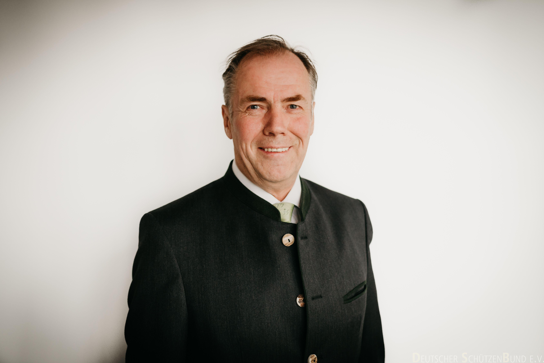 Hans-Heinrich von Schönfels - Präsident