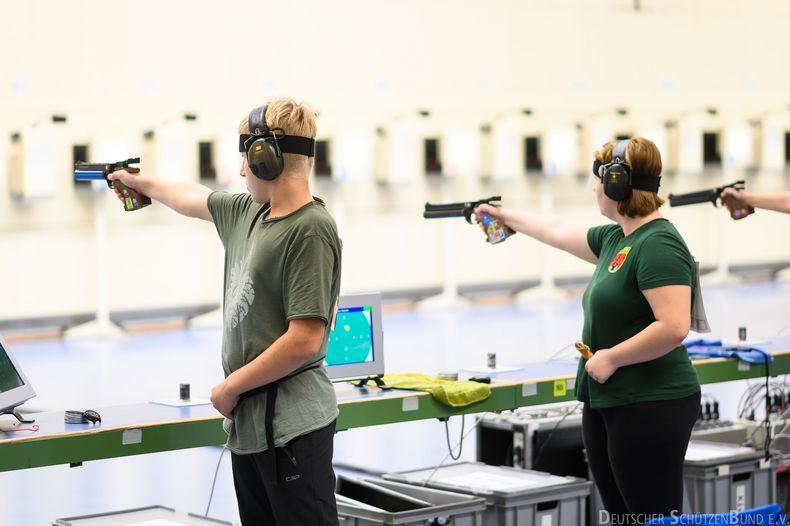 Foto: DSB / Mit den Luftpistolen-Wettkämpfen begann das große Wochenende der Jugend in München.