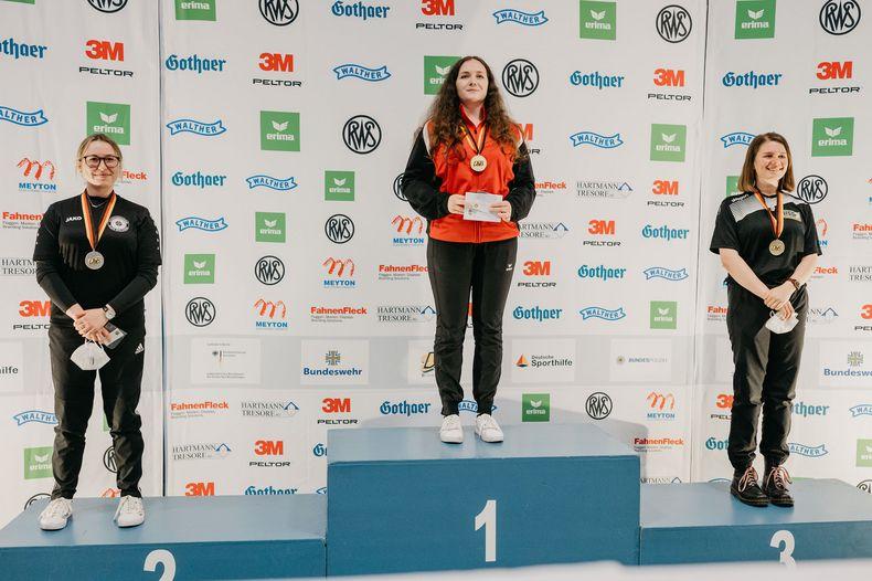 Foto: DSB / Vanessa Seeger war die klare Nummer eins bei den Luftpistole-Juniorinnen. Platz zwei ging an Leonie Mollet, Platz drei an Nina Adels.
